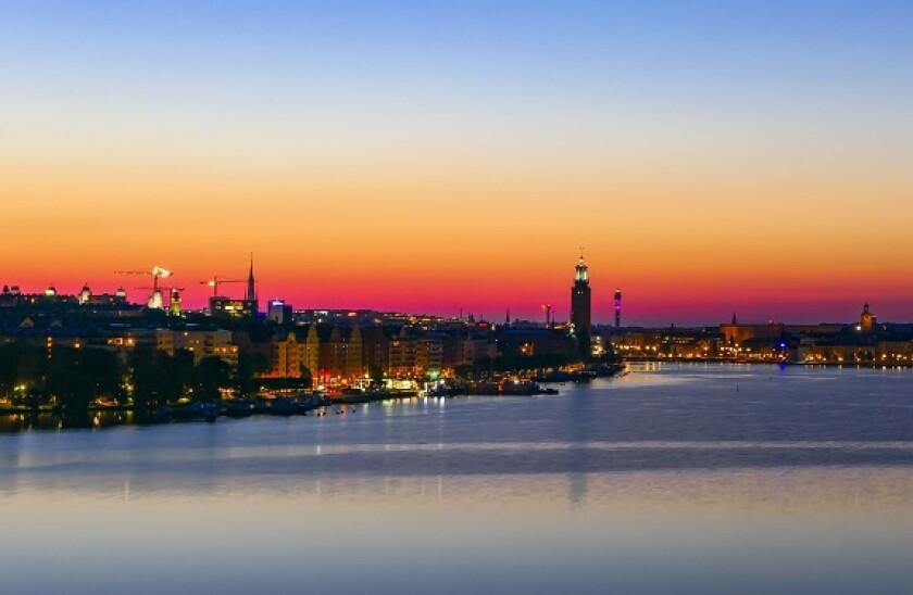 Stockholm_waterfront_PA_575_375