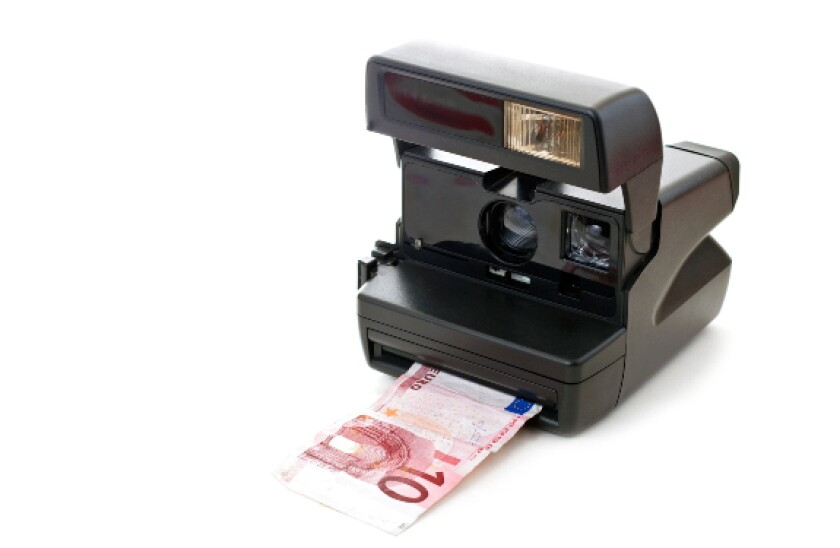 alamy 2021-06-21 instant euros 575x375