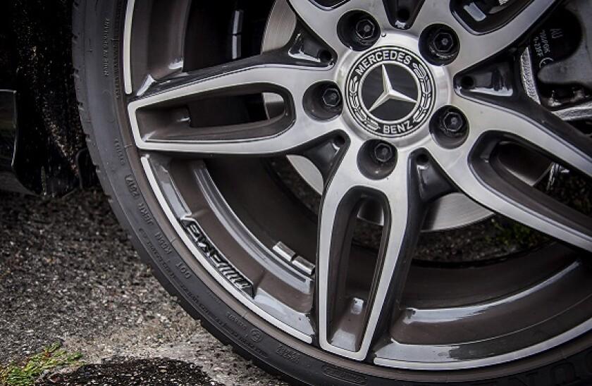 Mercedes Benz_575px_adobe_5Nov20