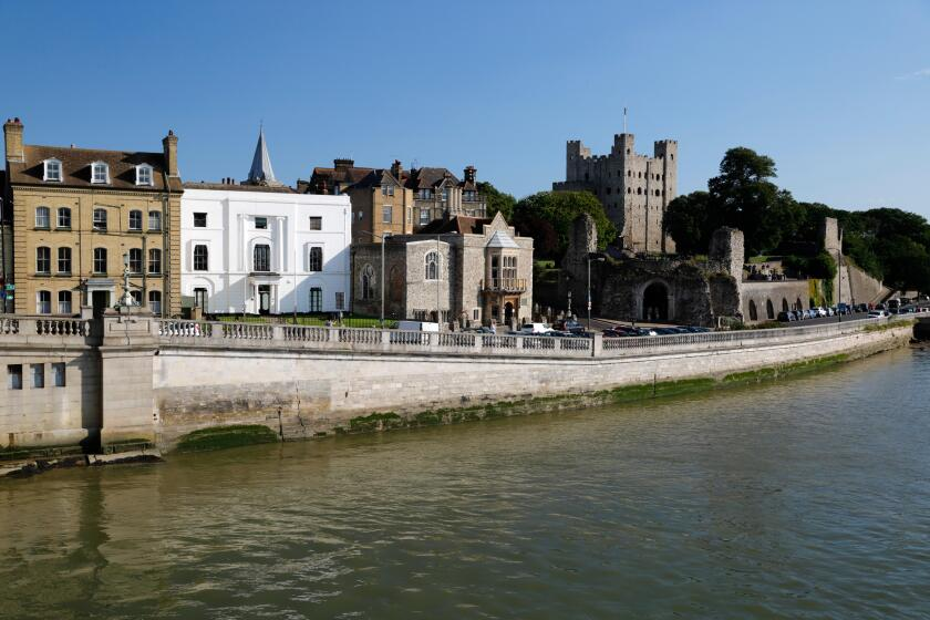 Rochester Castle and the River Medway, Rochester, Kent, England, United Kingdom, Europe