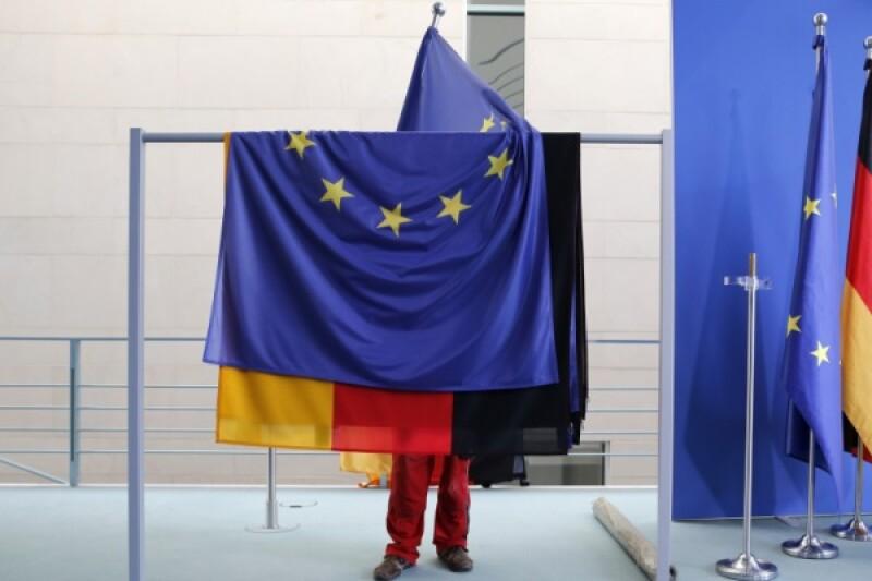 EU German flag-R-600