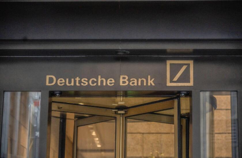 alamy 2021-05-11 deutsche bank nyc 575x375