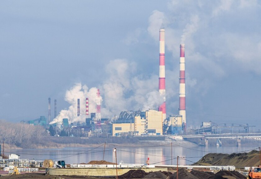 Power electricity Russia emissions from Alamy 1Oct21 575x375