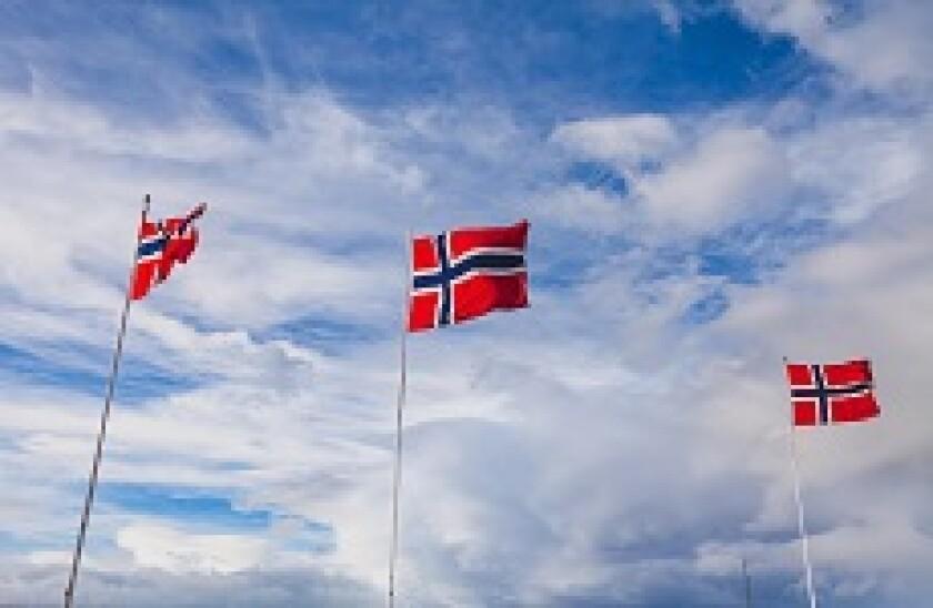 Norway_Flags_Alamy_230x150_041019