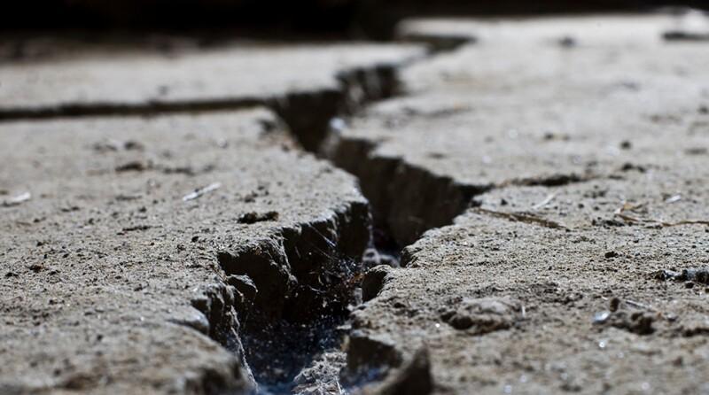 crack-earth-ground-iStock-960x535.jpg