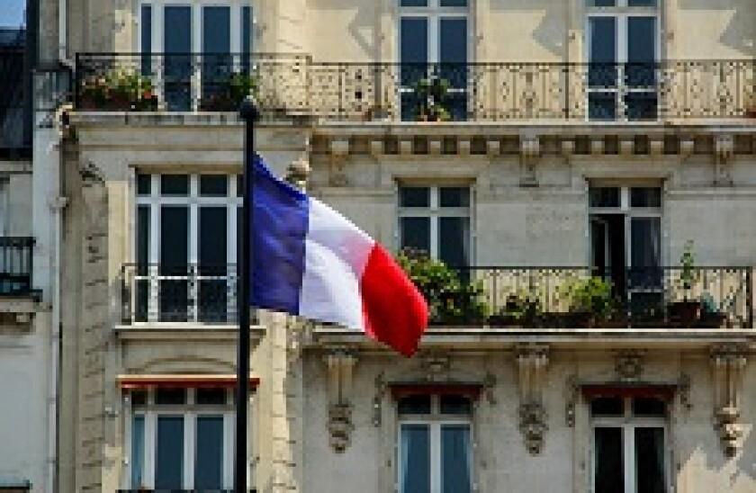 France_flag_house_Alamy_230x150