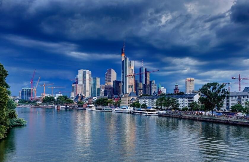 Frankfurt_storm_alamy_575x375_June22.jpg