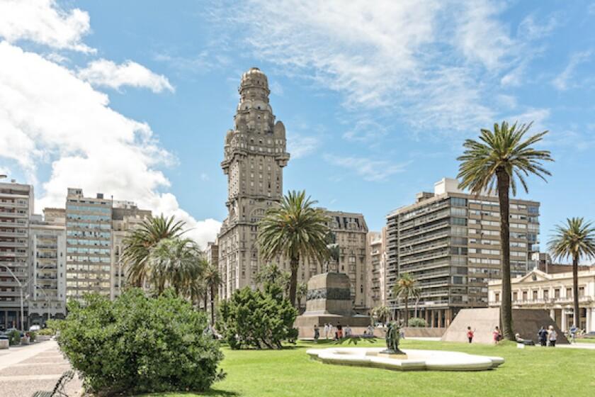 Uruguay, Montevideo, Plaza de la Independencia, LatAm, 575