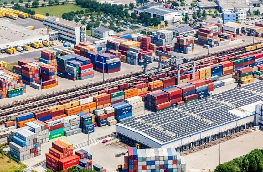 logistics_warehouse_Alamy_575x375_March4.jpg