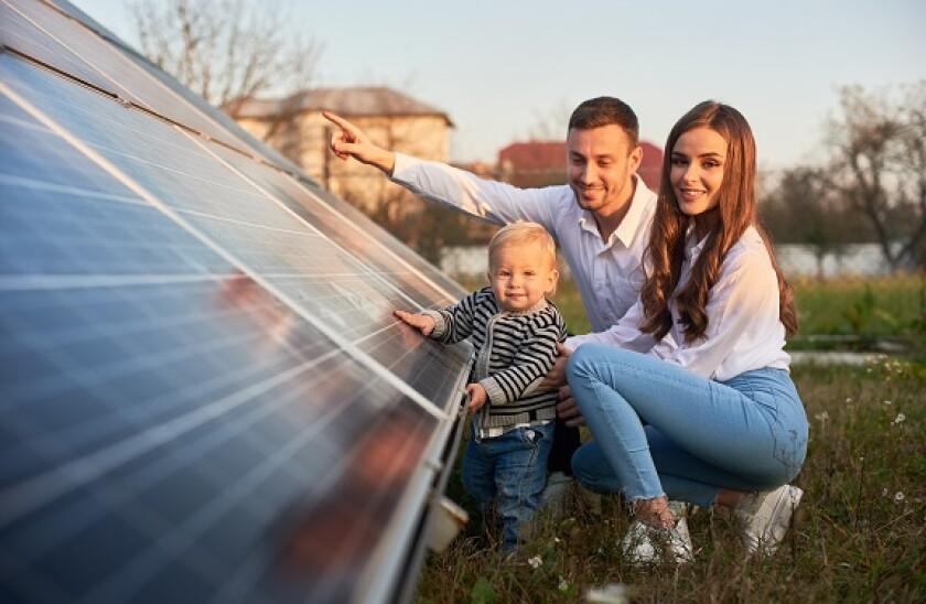 solar_panel_family_Scandinavia_Adobe_575x375_oct21
