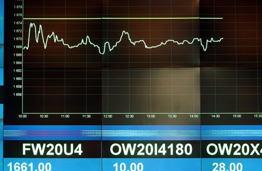 Warsaw_Stock_Exchange_alamy-575_375