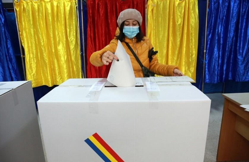 Romania_vote_PA_575x375_141220
