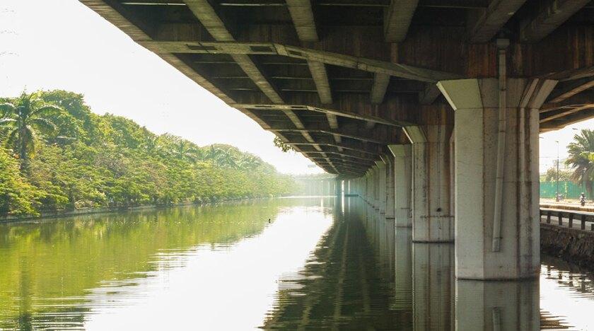 Indonesia-underpass-river-Getty-960x535.jpg