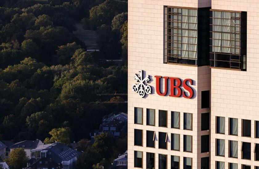 UBS_Group_PA_575x375_271020
