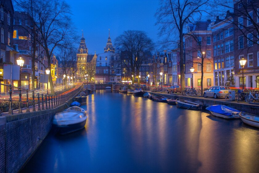 amsterdam-g838e6f533_1920.jpg