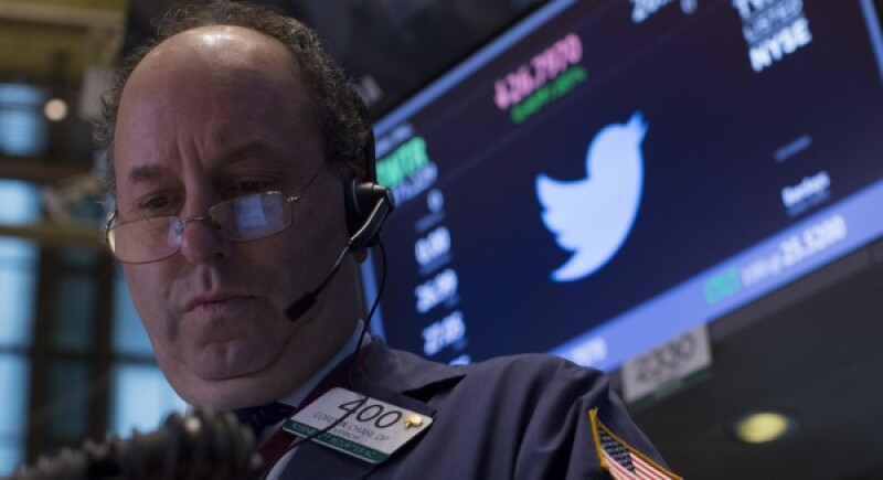 Twitter trade-R-600