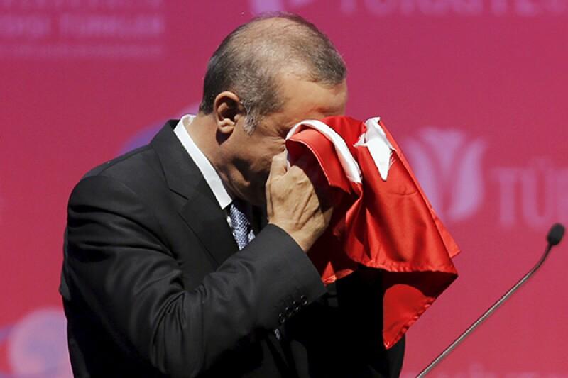 Recep Tayyip Erdogan Turkey flag-R-600