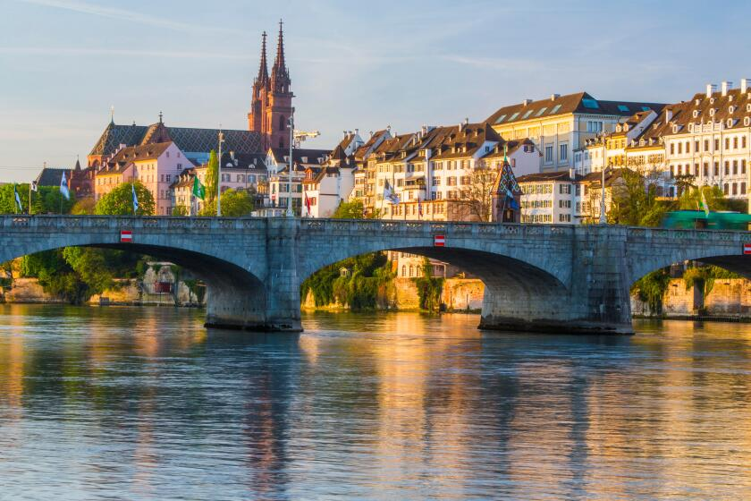 Rhine, Basel, Basle, Rhine, spring, river, flow, body of water, water, ship, boat, ships, boats, town, city, canton, BS, Basel S