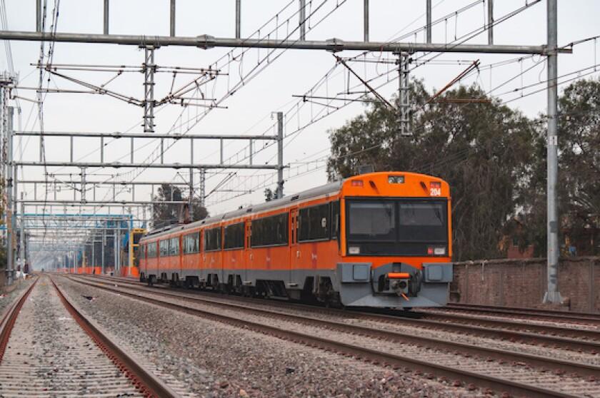 Chile, train, railway, EFE, 575, Empresa de los Ferrocarriles de Chile, Santiago, transport