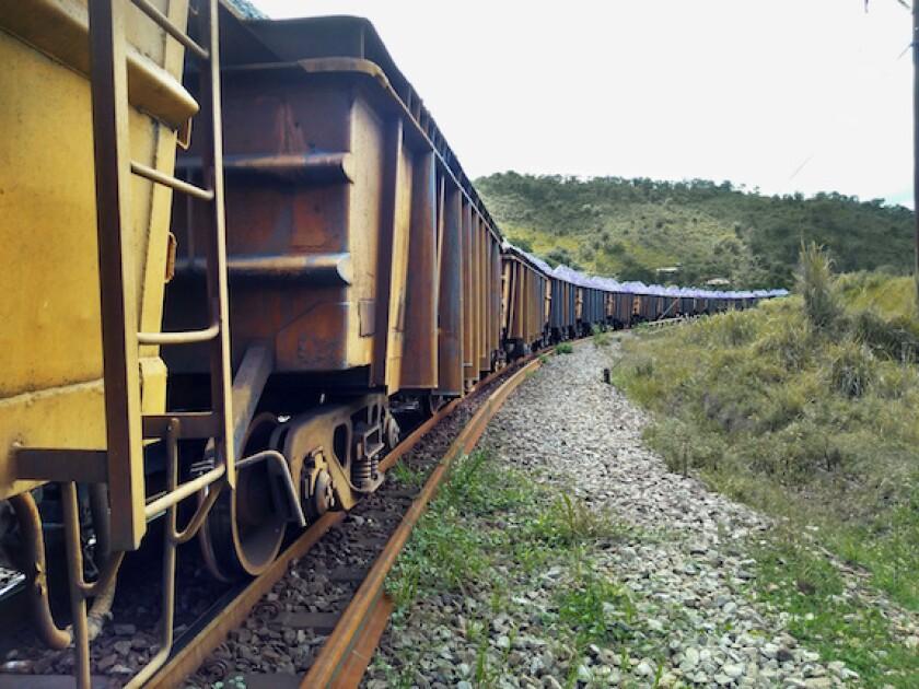 Brazil, iron, train, railroad, Rumo, 575, LatAm, Minas Gerais, transporte