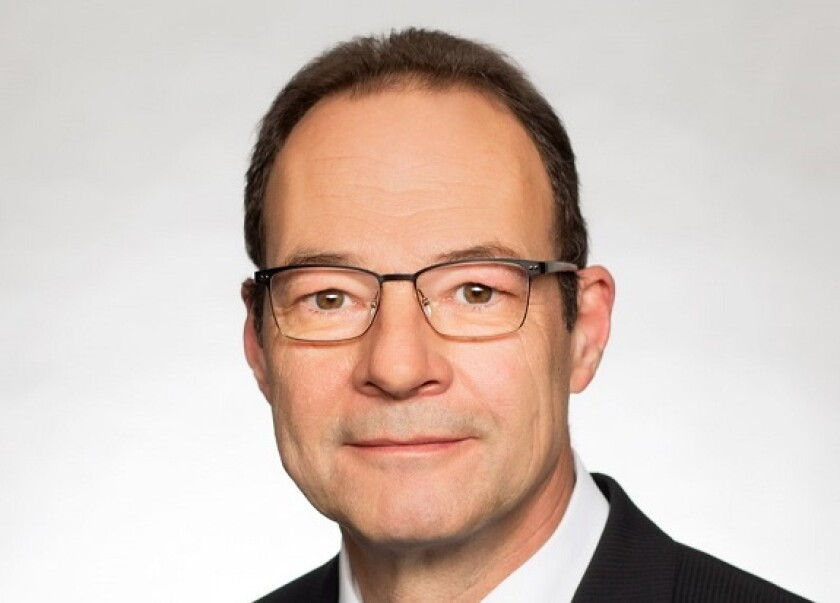 Thomas Schneider, Allianz 575x375