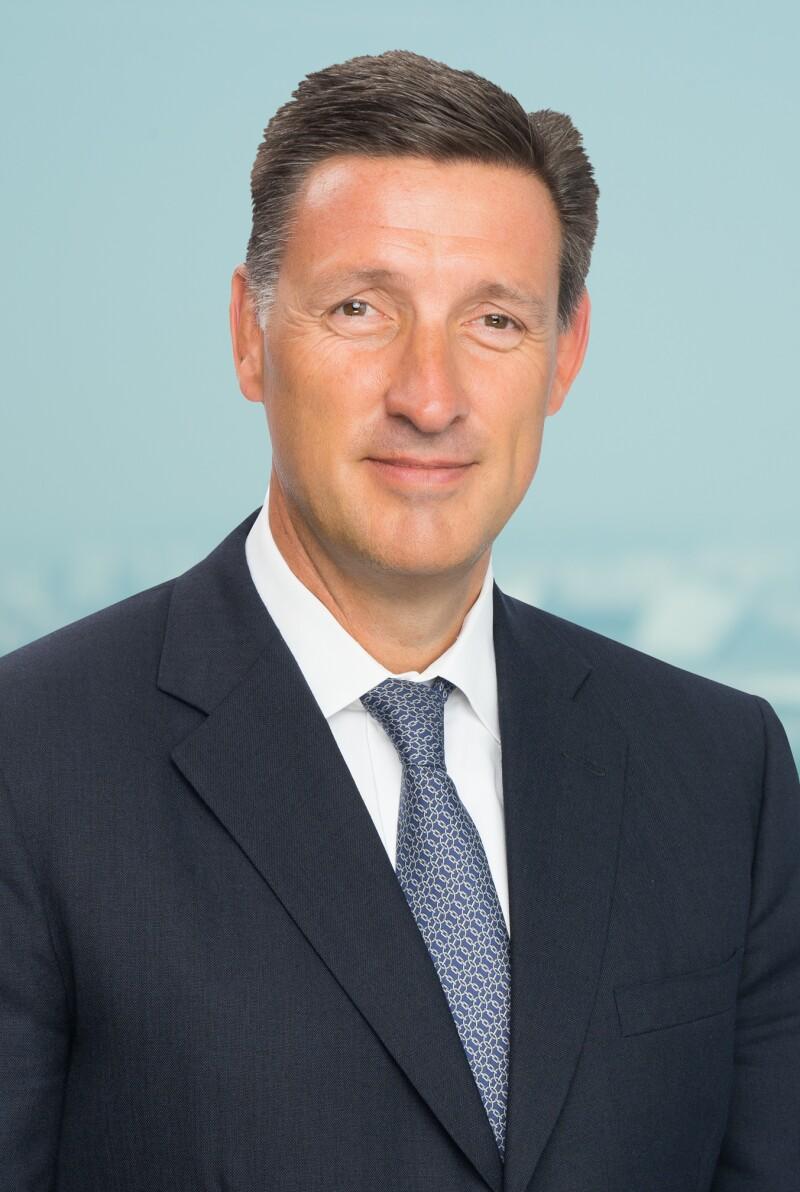 Simon Cooper, Standard Chartered.jpg