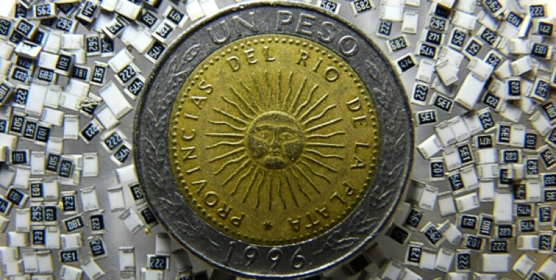 Argentine peso-600