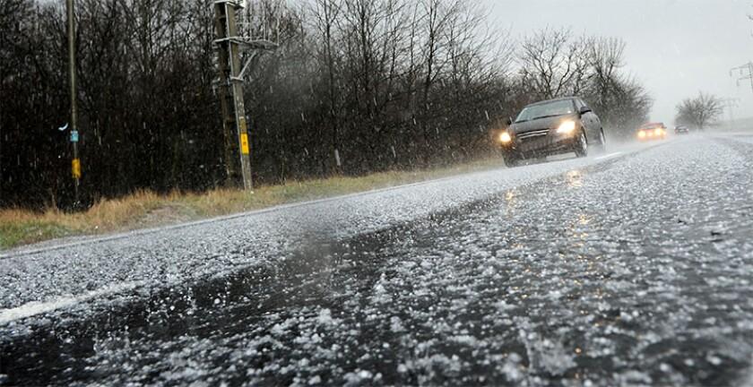 Hailstorm cars driving hail.jpg