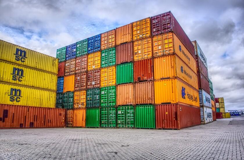 container-cargo 2921882_1920.jpg
