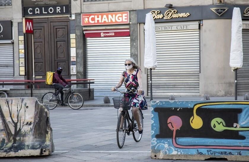 Mask_italy_bike_PA_575x375_June1.jpg