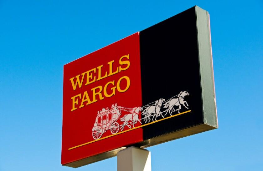 alamy 2021-16-21 wells fargo 575x375