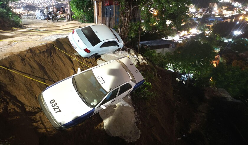 Acapulco, Mexico. 8th Sep, 2021. Damages are seen after an earthquake in Acapulco, state of Guerrero, Mexico, on Sept. 8, 2021. At least one person was killed after a 7.1 magnitude earthquake hit the southern Mexican coastal city of Acapulco in Guerrero s