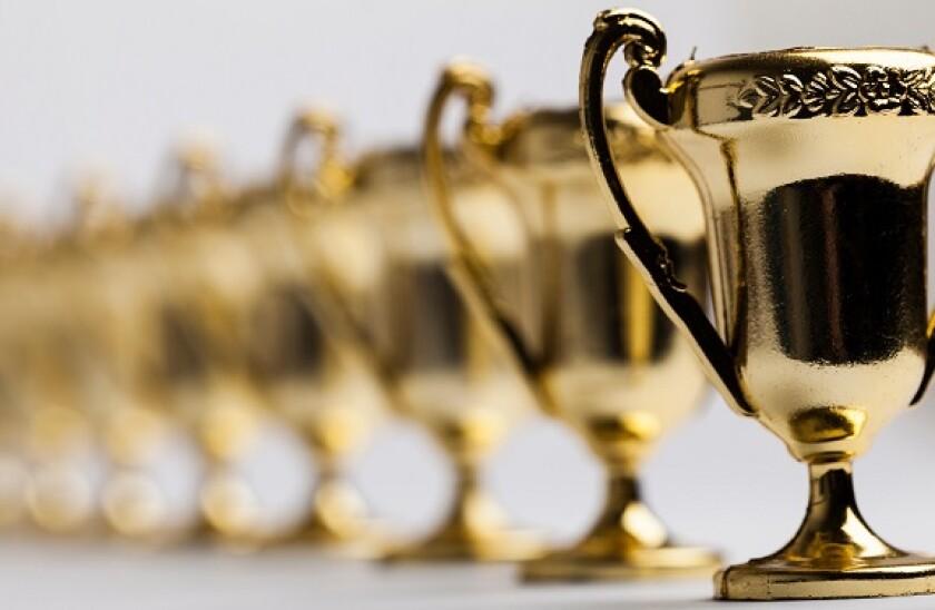 Bond_Awards_FIG_Alamy_575x375_160621