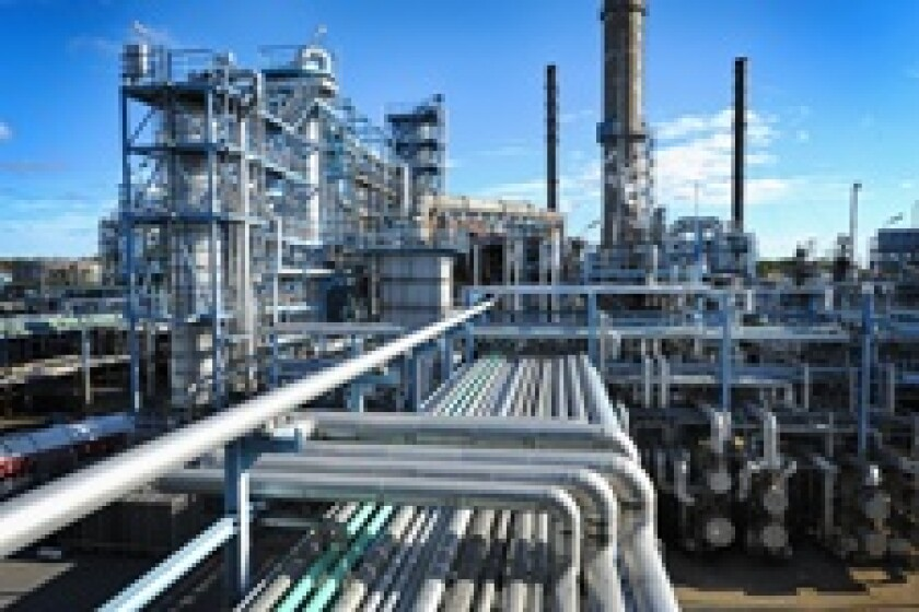 Refinery pipes 230x150