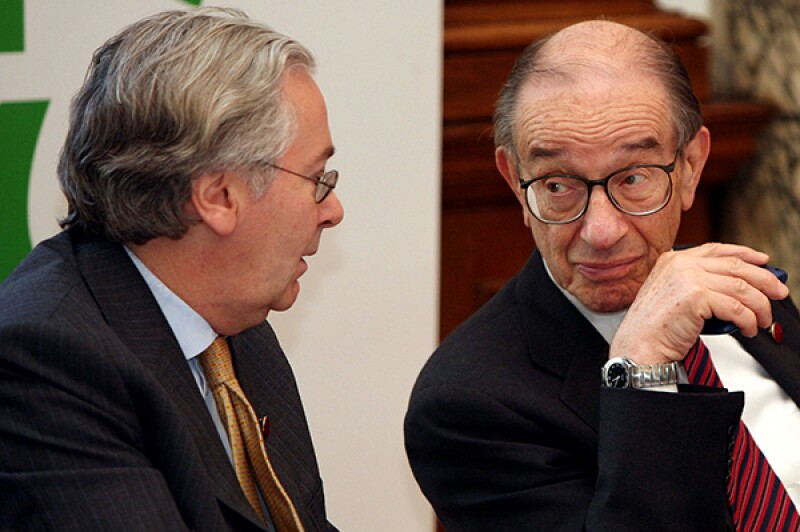 Mervyn King Alan Greenspan-R-600