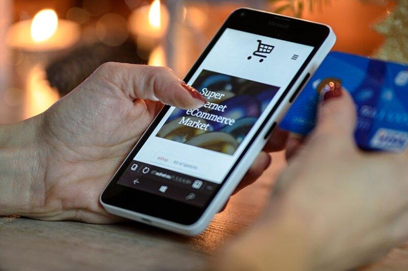 mobile-shopping-card-780.jpg