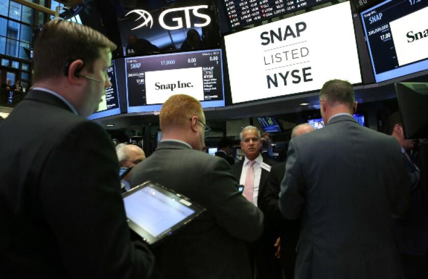 alamy tech stocks snap 2021-04-29 575x375