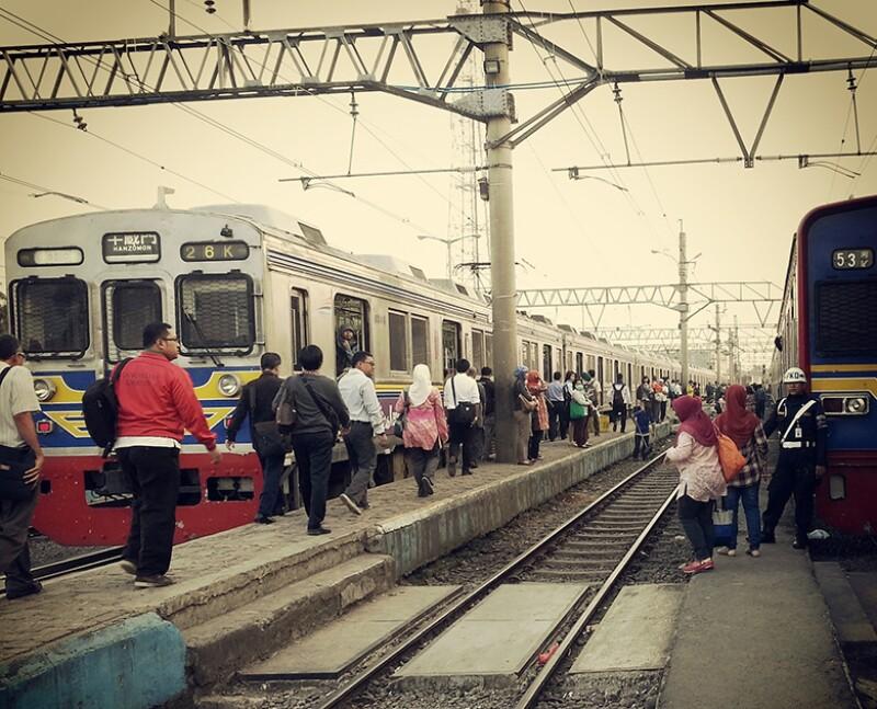 indonesia-train-780