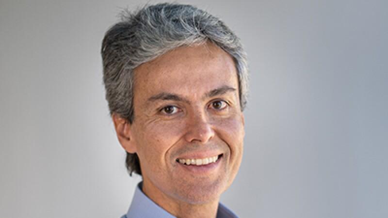 Carlos Eduardo Guimarães PAN_400x225.jpg