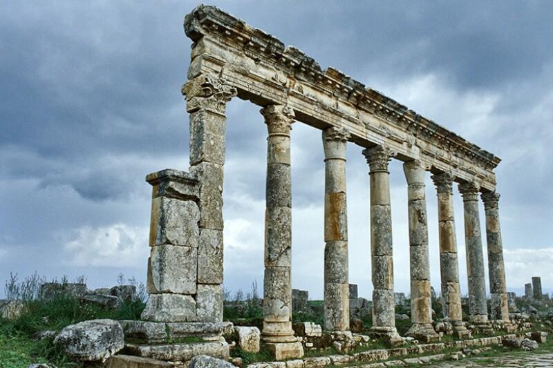 pillars-ruins-ancient-780