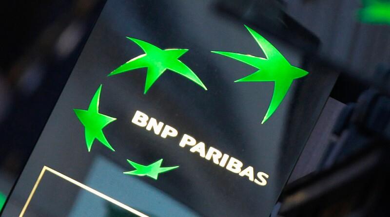 BNP-Paribas-logo-shine-night-Reuters-960x535.jpg