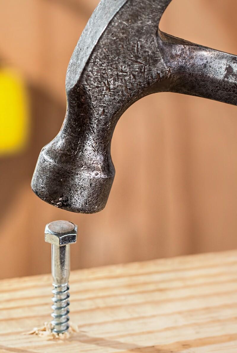hammer-screw-not-fit-for-purpose-780.jpg