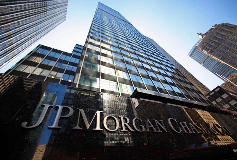JPMorgan-logo-sign-building-R-780.jpg