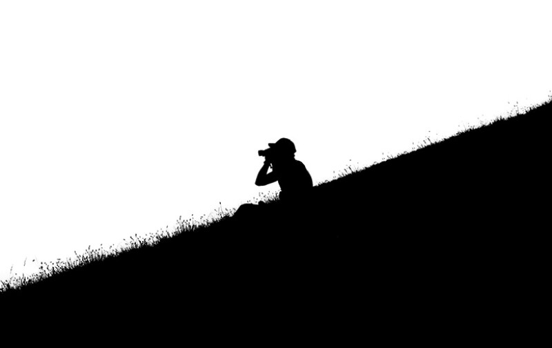 binoculars-watch-780