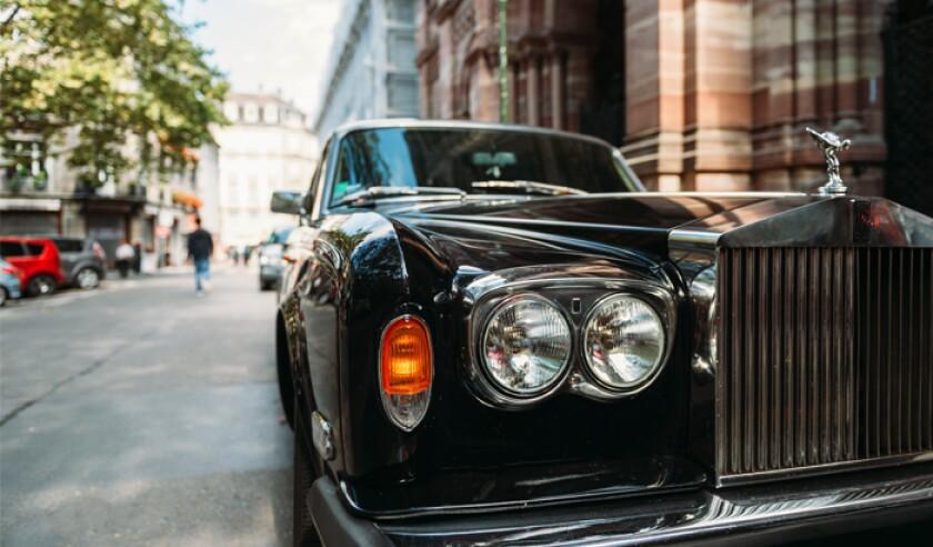 luxury-rolls-royce-vintage-limousine-car-in-city.jpg