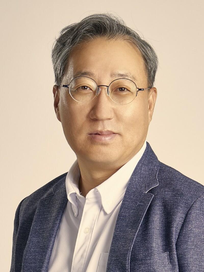 Yoon Ho-young, kakaobank.jpg
