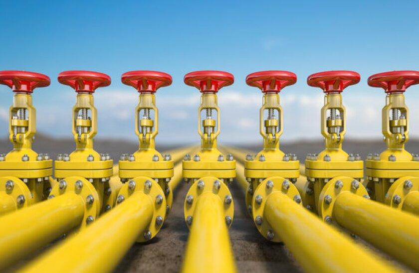 oil pipeline 2_adobe_12May_575