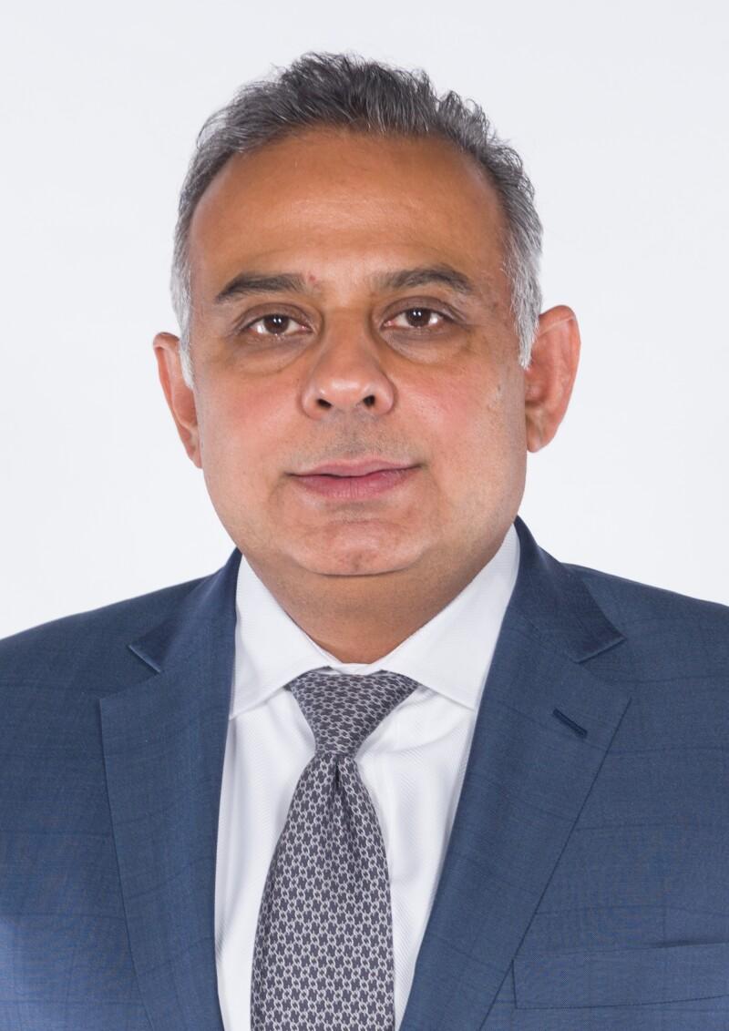 Basir Shamsie, JS Bank.jpg