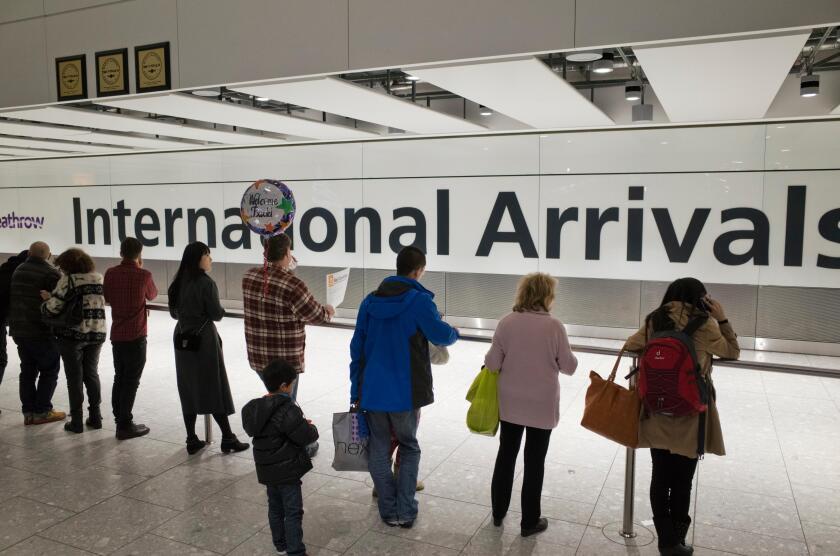 International_arrivals_UK_Alamy_fullres_090921
