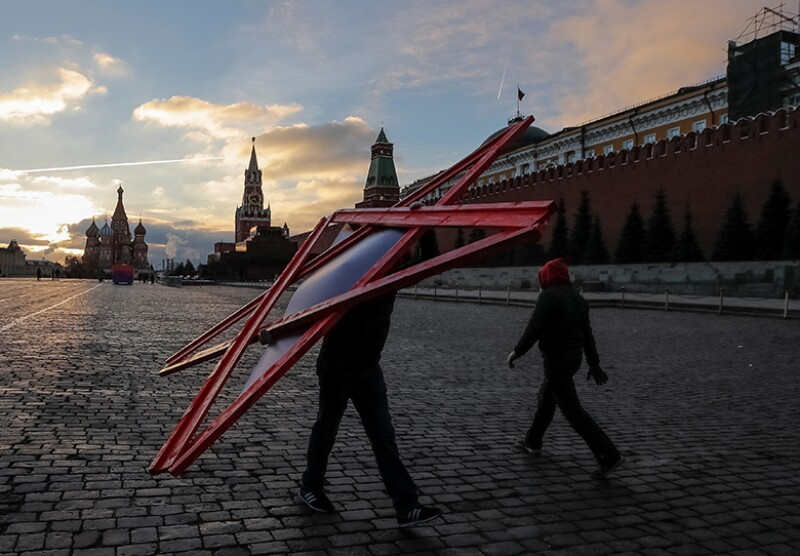 star-red-square-moscow-R-780